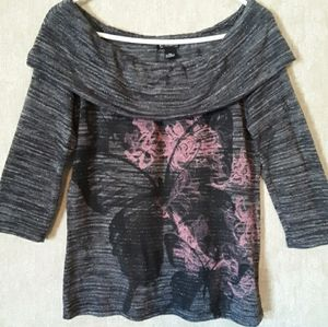 New Directions gray pink butterfly top size medium
